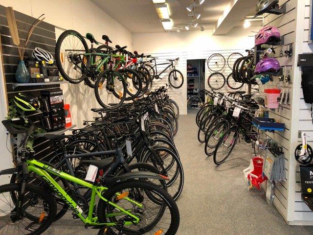 Billede af nogle af de mountainbikes i Vejen vi har i butikken